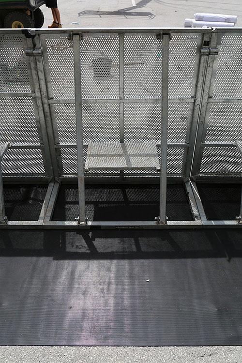 Antirutschmatte für Barrikaden